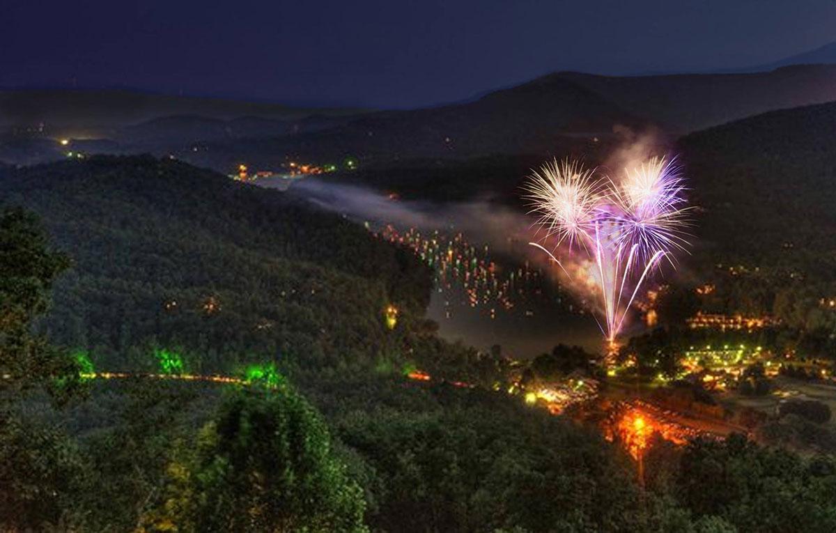 4th-of-July-Fireworks-at-Rumbling-Bald-Resort-Lake-Lure